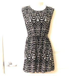 Black and White Trible Print Dress